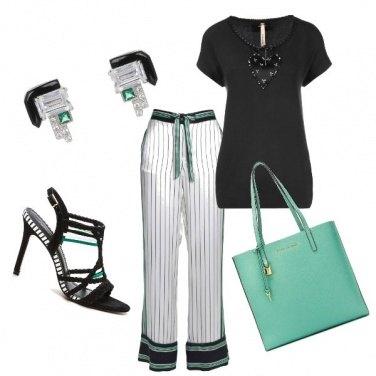 Outfit Un tocco di verde speranza