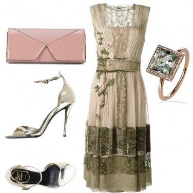 Outfit Un vestito romantico