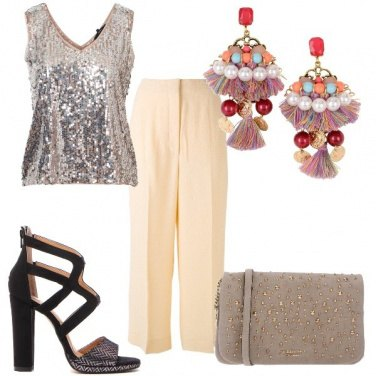 Outfit Glitter perle e nappine