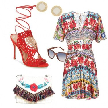 Outfit Etno rouge