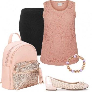 Outfit Romantica con zainetto