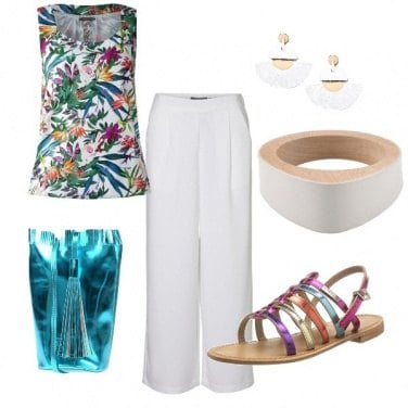 Outfit ESTATE: pantalone bianco e sandalo flat