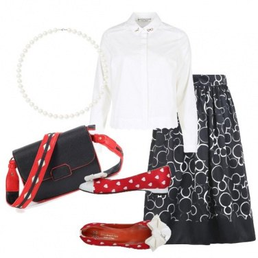 Outfit Mickey Mouse sulla gonna in raso