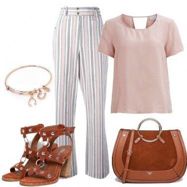 Outfit Il pantalone rigato