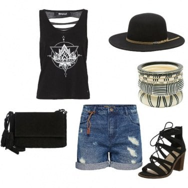 Outfit Black & Shorts