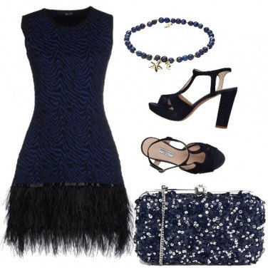 Outfit Very dark blue