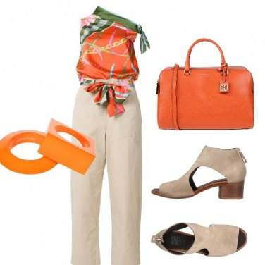 Outfit Jumpsuit in ufficio