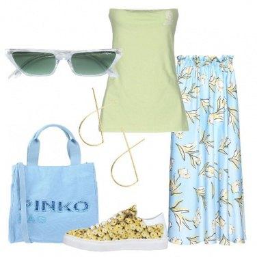 Outfit Con l\'occhiale squadrato Gigi Hadid