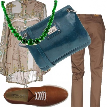 Outfit Agata