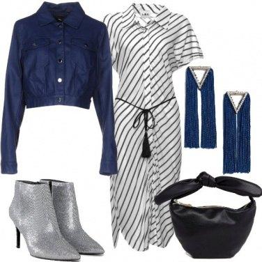 Outfit Stivaletti glitter e abito chemisier