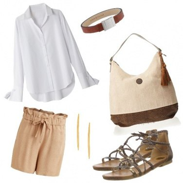 Outfit Safari woman