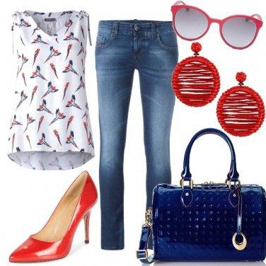 Outfit Vernice rossa e blu