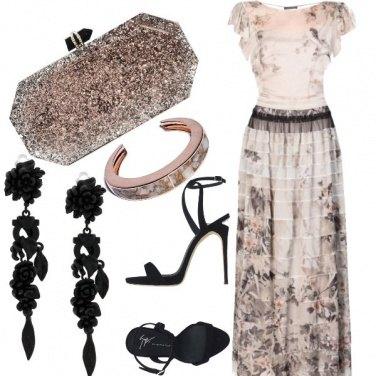Outfit Tra il nero ed il rosa
