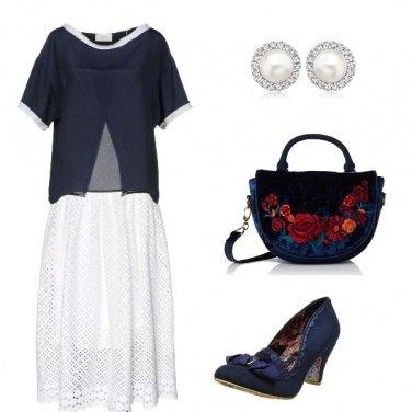 Outfit Divertiamoci con scarpe e borsa