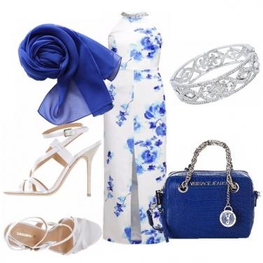 Outfit Rose blu per una festa