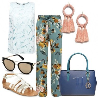 Outfit Occhiali a farfalla