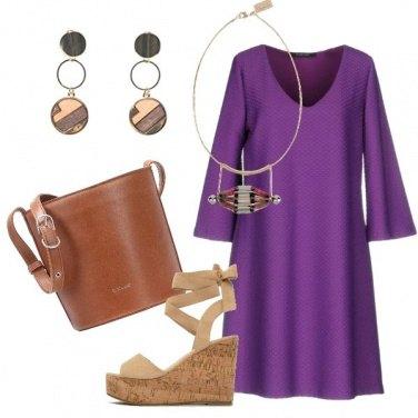 Outfit Il vestito a trapezio ultra violet