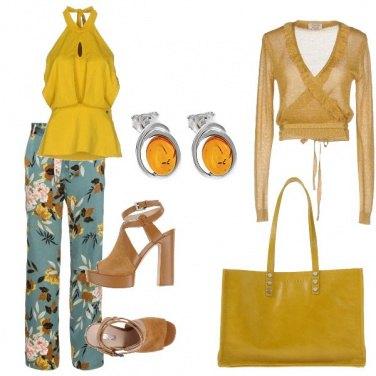Outfit Ocra e fiori