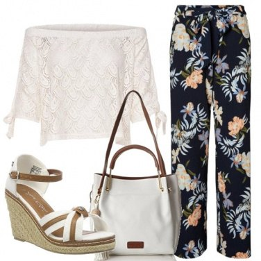Outfit Curve in fiore