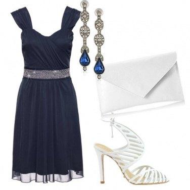Outfit Cerimonia in blu e bianco