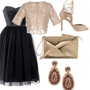 Outfit Cerimonia dorata......
