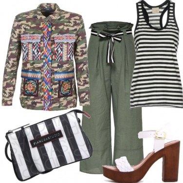 Outfit Military mood e sandali glam
