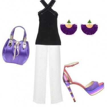 Outfit Borsa, orecchini e scarpe viola