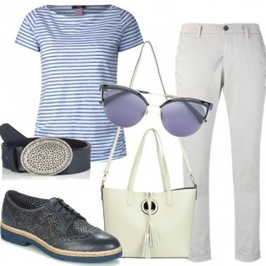 Outfit Basic in azzurro
