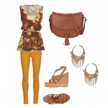 Outfit Pantaloni arancioni