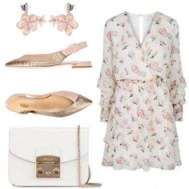 Outfit Delicato chiffon floreale