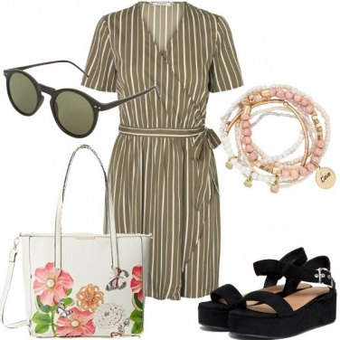 Outfit Wrap dress per l\'ufficio
