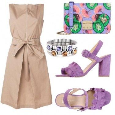 Outfit Con gli accessori viola