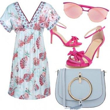 Outfit Magenta ed azzurro polvere