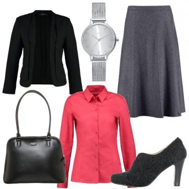 Outfit Vintage e femminile in ufficio