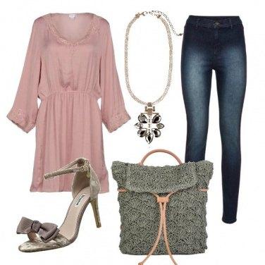 Outfit Borsa crochet e minidress