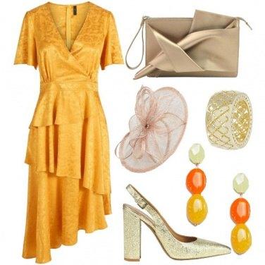 Outfit Invitata in giallo