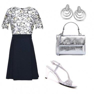 Outfit Sandalo gioiello per serata chic