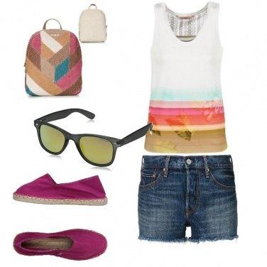 Outfit Basic, colore al mare