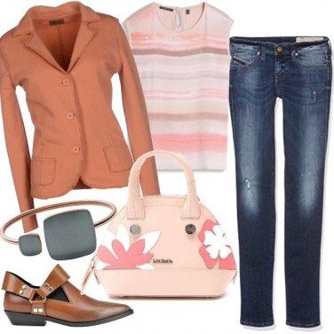 Outfit Denim e albicocca