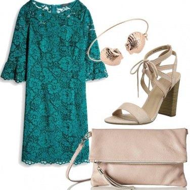 Outfit Pizzo verde smeraldo