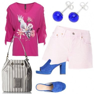 Outfit Levis rosa e la maglia tenerissima