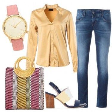 Outfit Denim e camicia di raso