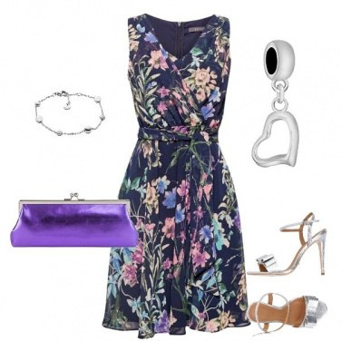 Outfit Violet with flowers