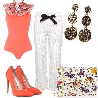Outfit Bianco e arancio