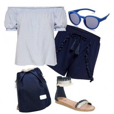 Outfit Al mare in treno