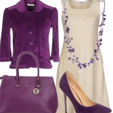 Outfit In viola