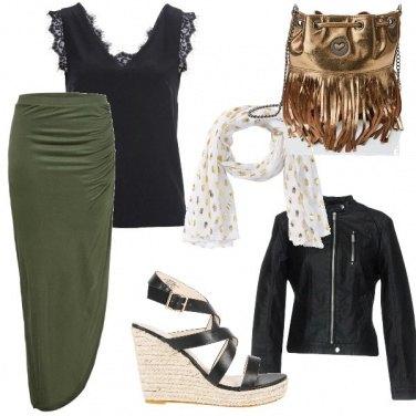 Outfit Borsa oro con frange