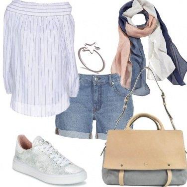 Outfit La blusa fresca e i colori soft