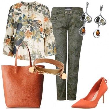 Outfit Un tocco di arancione