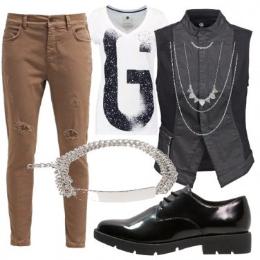 Outfit Military-rock